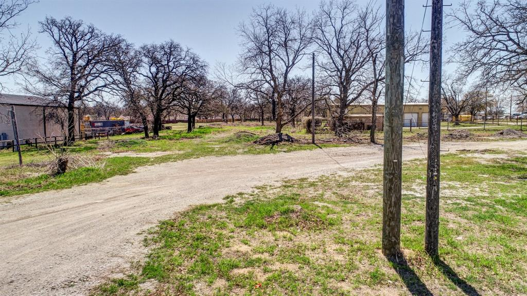 1706 Fort Worth Highway, Weatherford, Texas 76086 - acquisto real estate best realtor dallas texas linda miller agent for cultural buyers