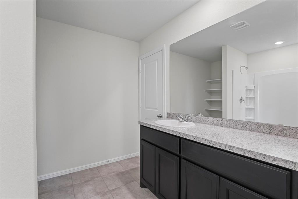 9340 HERRINGBONE  Drive, Fort Worth, Texas 76131 - acquisto real estate best investor home specialist mike shepherd relocation expert