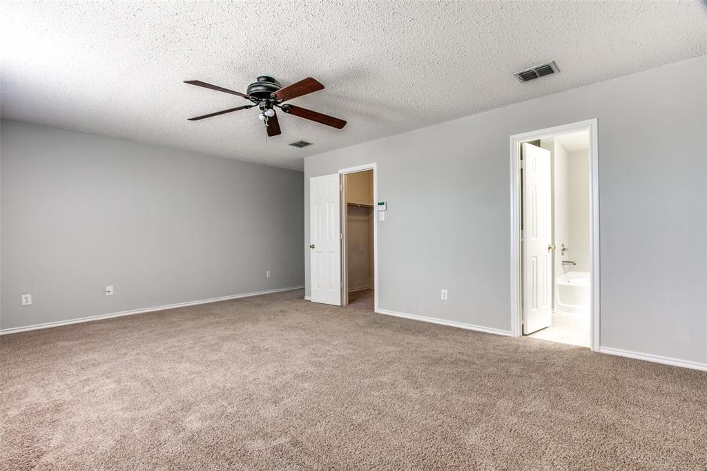 1724 Rialto  Way, Fort Worth, Texas 76247 - acquisto real estate best investor home specialist mike shepherd relocation expert