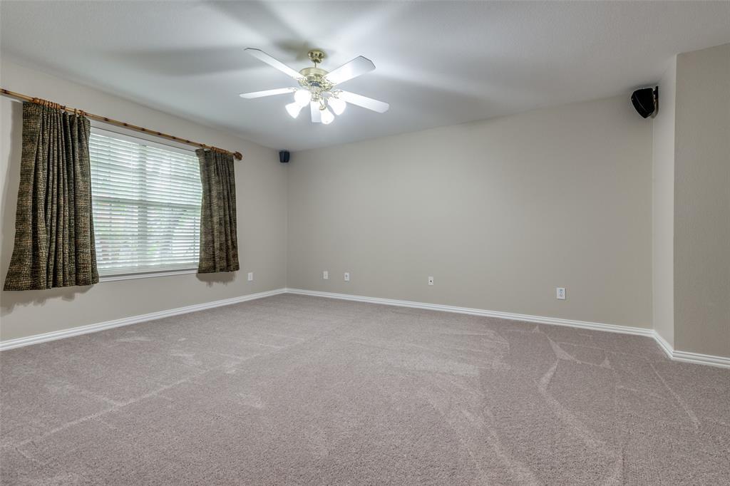 8104 Hazeltine  Drive, Plano, Texas 75025 - acquisto real estate best realtor foreclosure real estate mike shepeherd walnut grove realtor