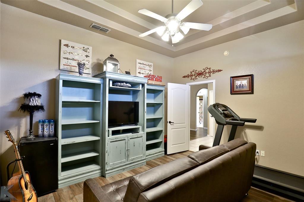 5118 Holly Way, Abilene, Texas 79606 - acquisto real estate best realtor dfw jody daley liberty high school realtor