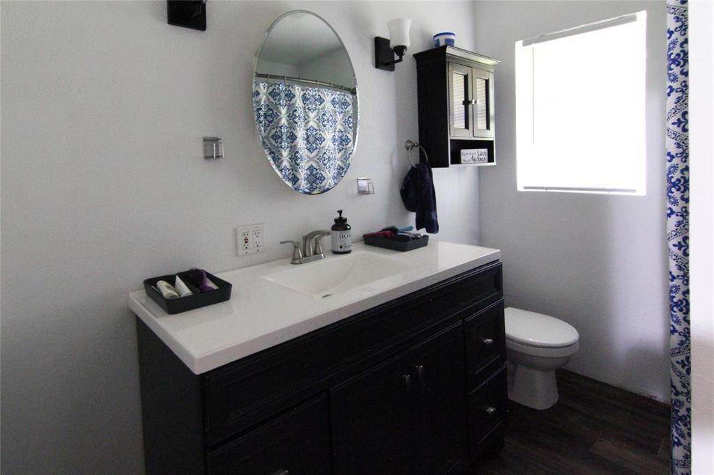 1013 Black  Street, Hurst, Texas 76053 - acquisto real estate best real estate company in frisco texas real estate showings