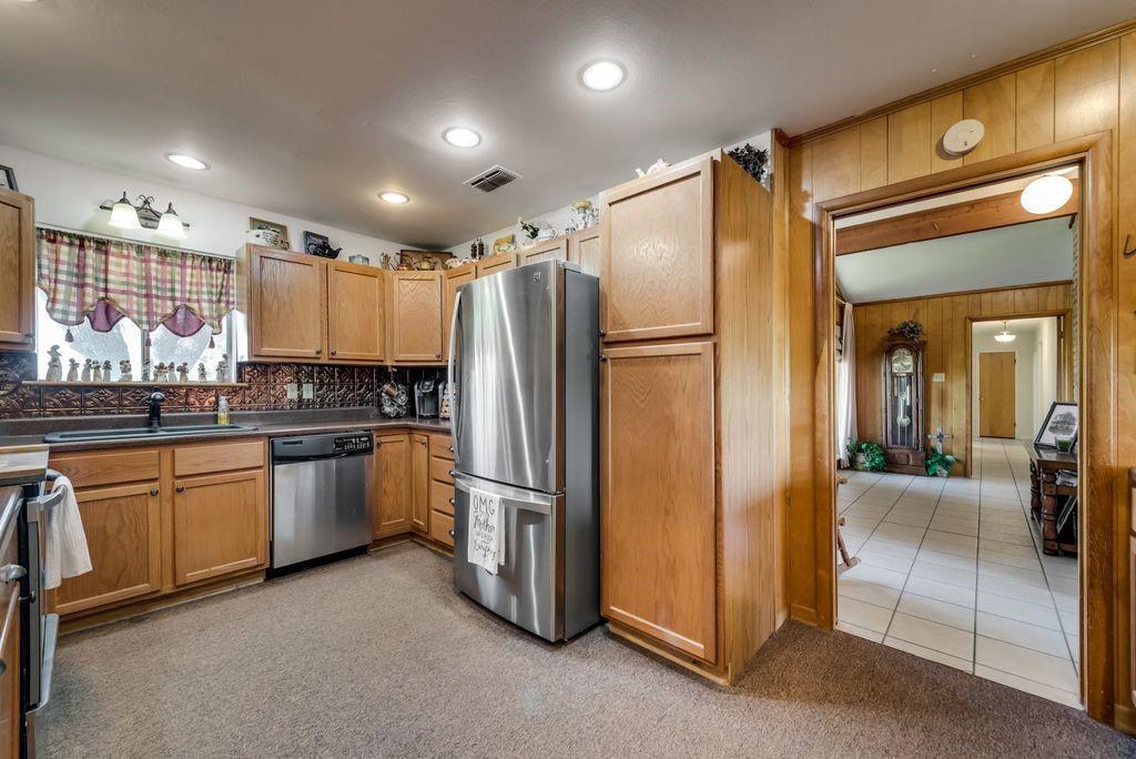 221 Laurel Lane, Fairfield, Texas 75840 - acquisto real estate best designer and realtor hannah ewing kind realtor