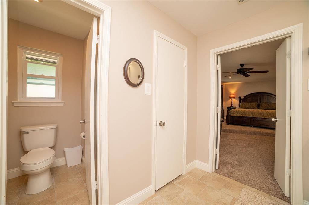 2426 Sherwood  Drive, Grand Prairie, Texas 75050 - acquisto real estate best listing photos hannah ewing mckinney real estate expert