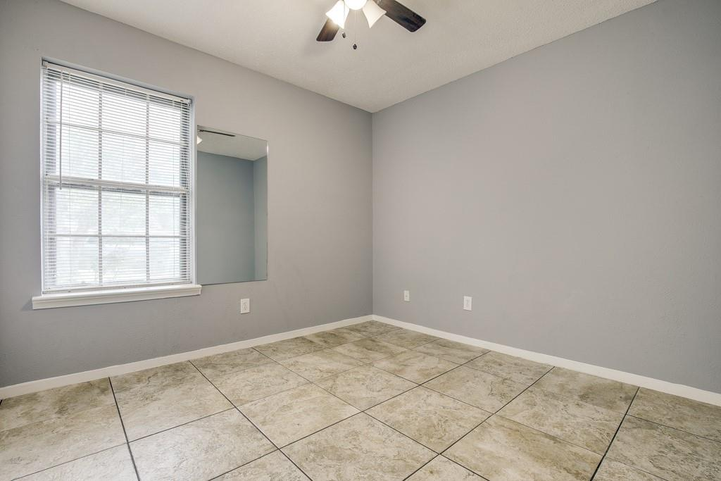 13033 Spring Oak  Drive, Balch Springs, Texas 75180 - acquisto real estate best real estate company to work for