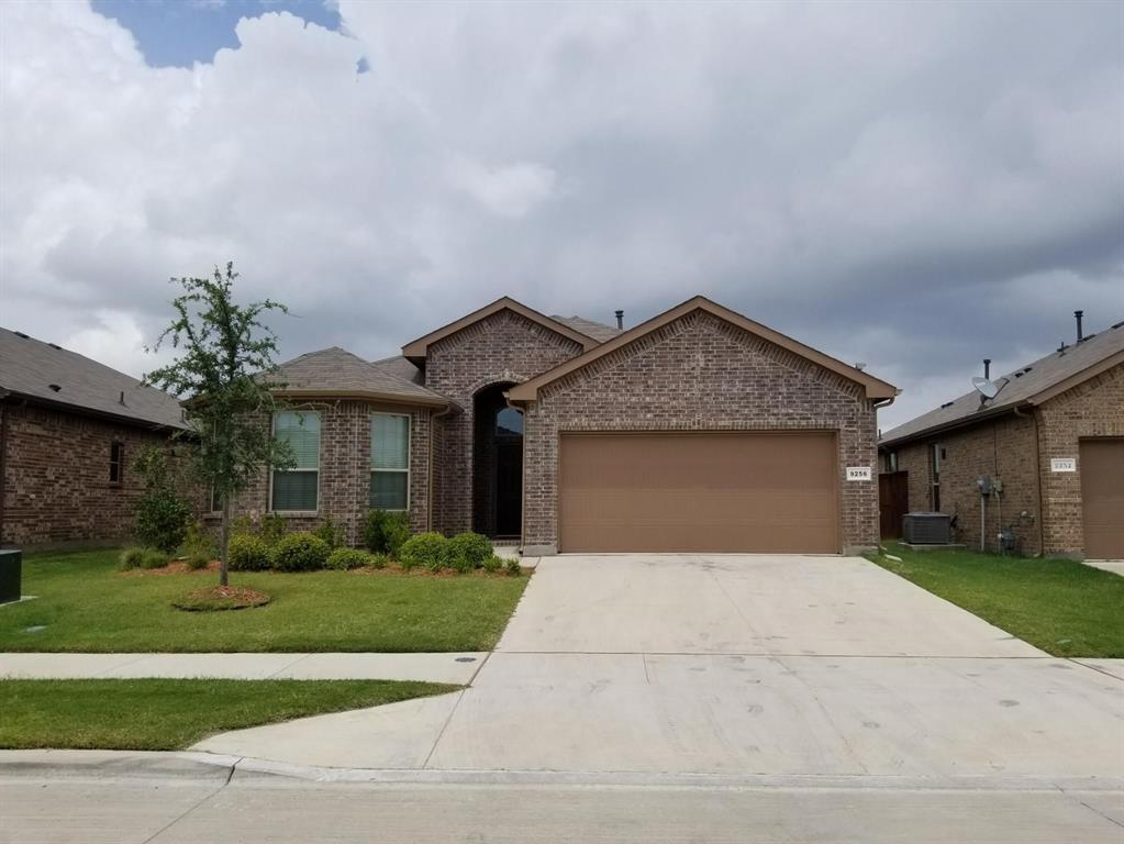 9256 Flying Eagle Lane, Fort Worth, Texas 76131 - Acquisto Real Estate best plano realtor mike Shepherd home owners association expert