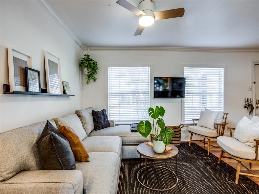 4044 Rochelle Drive, Dallas, Texas 75220 - acquisto real estate best celina realtor logan lawrence best dressed realtor