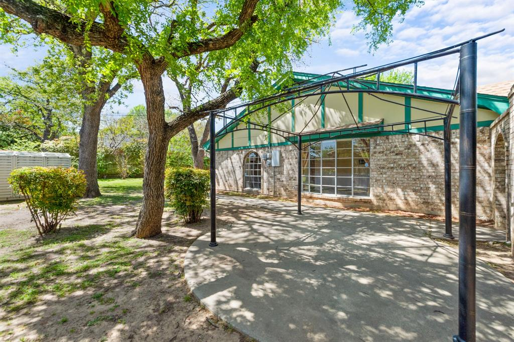 413 Salem  Drive, Hurst, Texas 76054 - acquisto real estate best allen realtor kim miller hunters creek expert