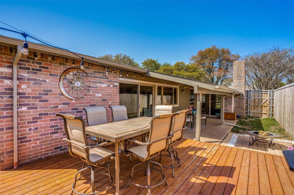 10954 Middle Knoll Drive, Dallas, Texas 75238 - acquisto real estate best realtor foreclosure real estate mike shepeherd walnut grove realtor