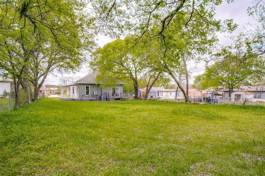 5210 Landino Street, Sansom Park, Texas 76114 - acquisto real estate best photos for luxury listings amy gasperini quick sale real estate