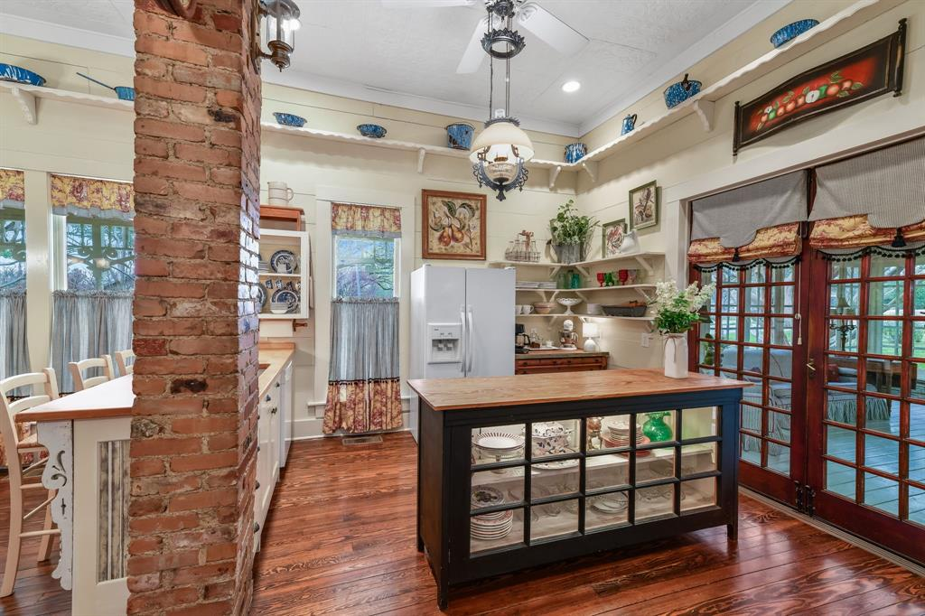 501 Kernodle Street, Rockwall, Texas 75087 - acquisto real estate best frisco real estate broker in texas for high net worth buyers