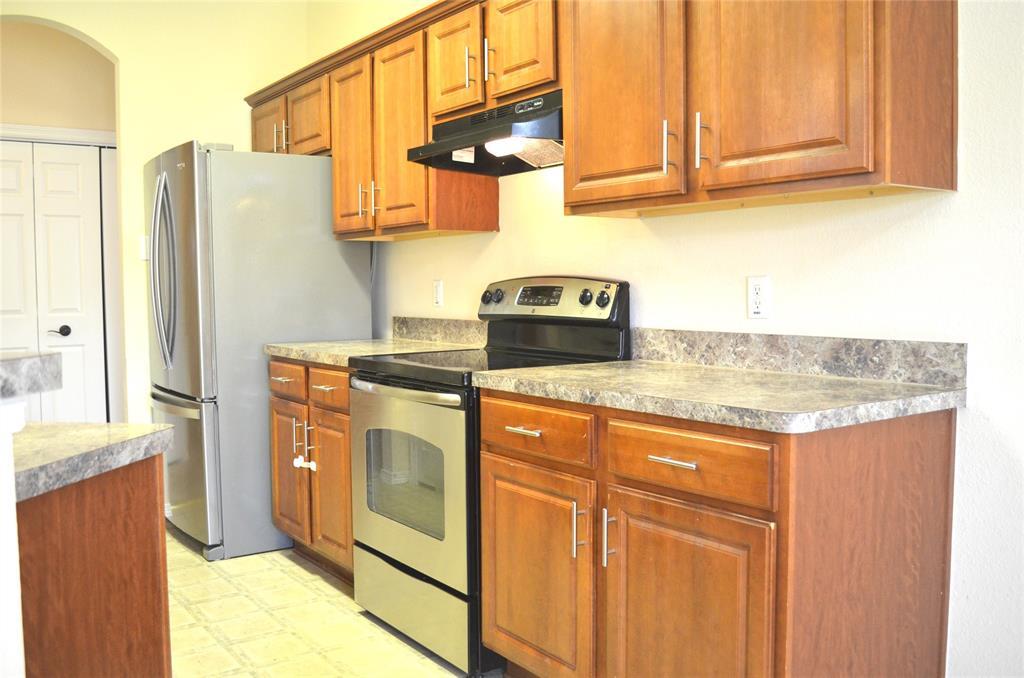 4500 Ashbury  Lane, Mansfield, Texas 76063 - acquisto real estate best highland park realtor amy gasperini fast real estate service