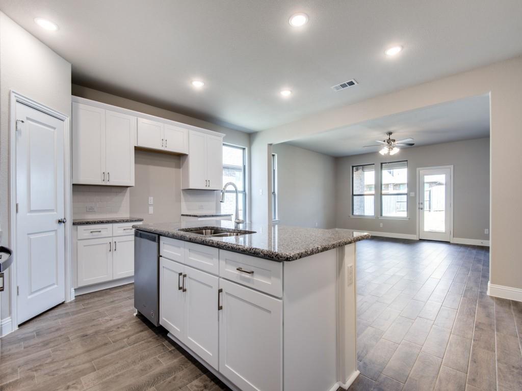 1427 Derby  Drive, Rockwall, Texas 75032 - acquisto real estate best allen realtor kim miller hunters creek expert