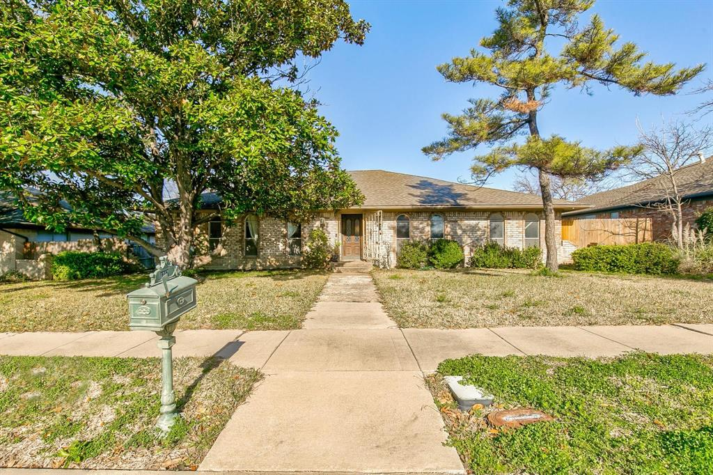 1217 Pecan Valley Drive, Garland, Texas 75043 - Acquisto Real Estate best plano realtor mike Shepherd home owners association expert