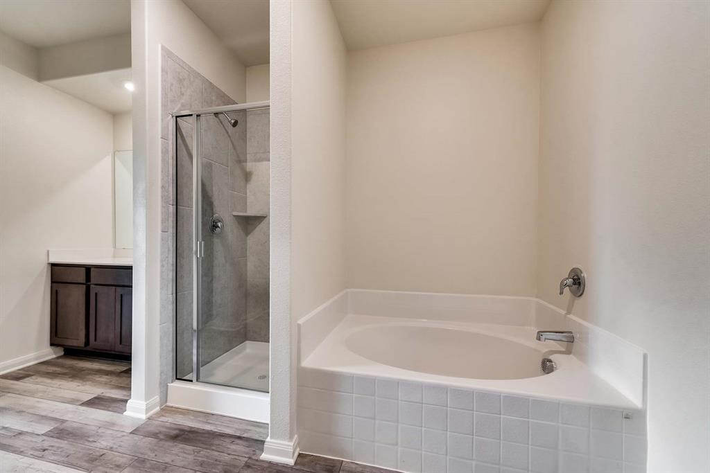 3068 Chillingham Drive, Forney, Texas 75126 - acquisto real estate best new home sales realtor linda miller executor real estate