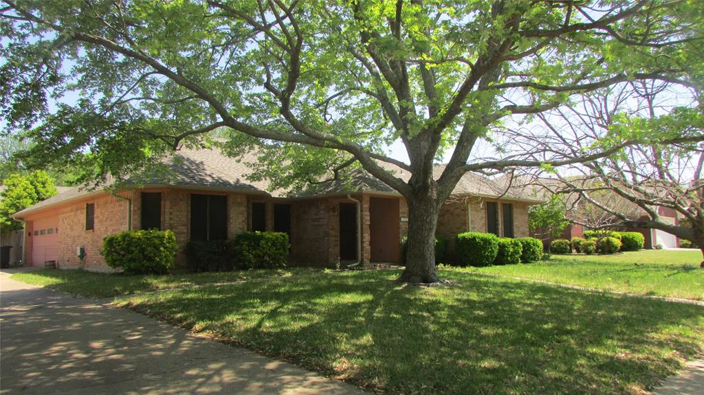 1640 Pleasant  Drive, Midlothian, Texas 76065 - Acquisto Real Estate best plano realtor mike Shepherd home owners association expert