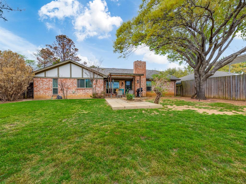 425 Mountainview Drive, Hurst, Texas 76054 - acquisto real estate best park cities realtor kim miller best staging agent