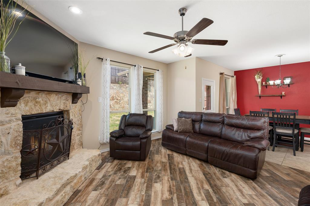 9145 Bronze Meadow  Drive, Fort Worth, Texas 76131 - acquisto real estate best highland park realtor amy gasperini fast real estate service