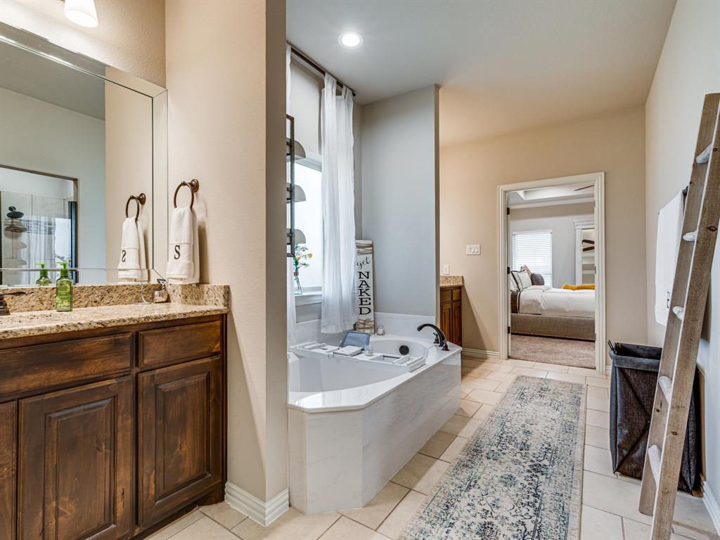 104 Piper  Parkway, Waxahachie, Texas 75165 - acquisto real estate smartest realtor in america shana acquisto