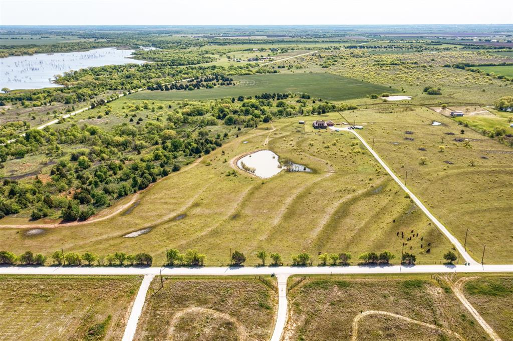 252 Emberson Ranch  Road, Pilot Point, Texas 76258 - acquisto real estate best luxury home specialist shana acquisto
