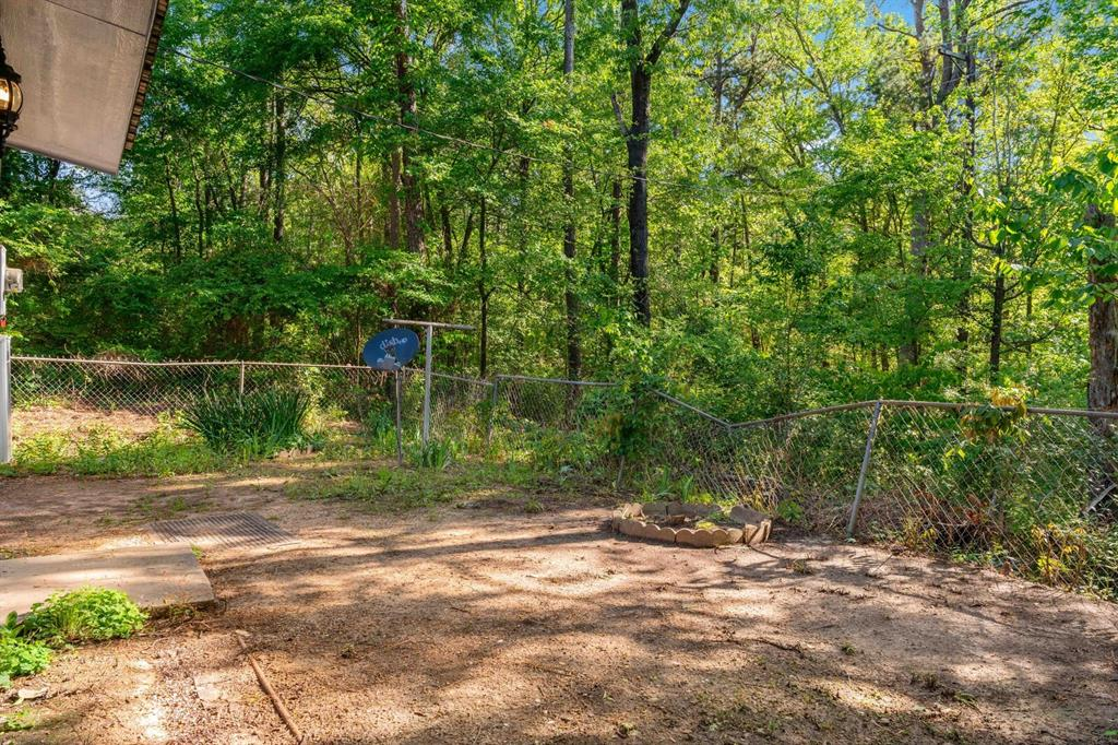 268 Crockett  Street, Lone Star, Texas 75668 - acquisto real estate best frisco real estate agent amy gasperini panther creek realtor