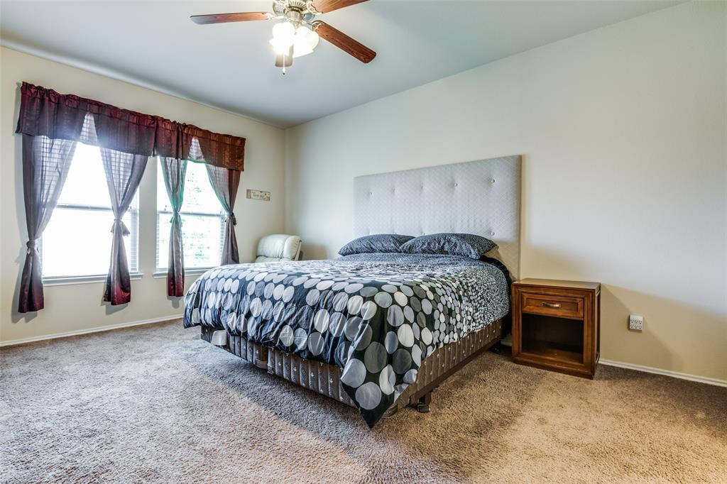 413 Riverstone  Way, McKinney, Texas 75072 - acquisto real estate best designer and realtor hannah ewing kind realtor
