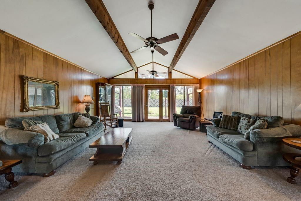 221 Laurel Lane, Fairfield, Texas 75840 - acquisto real estate best luxury buyers agent in texas shana acquisto inheritance realtor