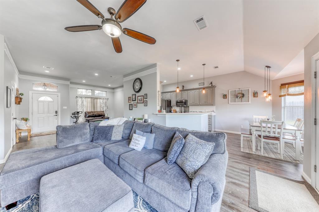 1029 Calinco  Drive, Granbury, Texas 76048 - acquisto real estate best listing listing agent in texas shana acquisto rich person realtor