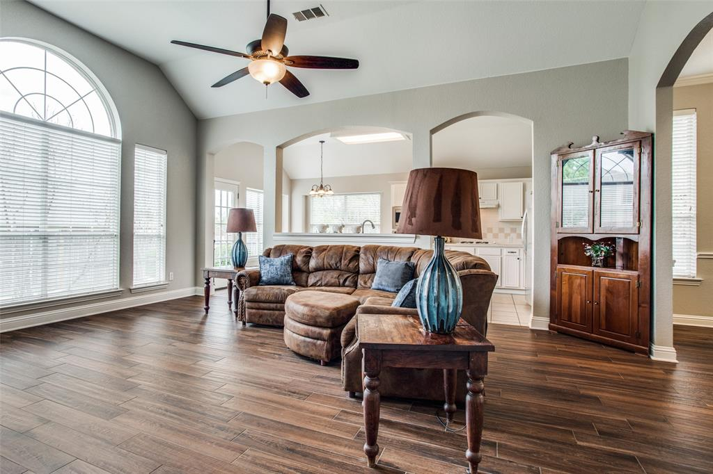 5004 Forest Lawn  Drive, McKinney, Texas 75071 - acquisto real estate best highland park realtor amy gasperini fast real estate service