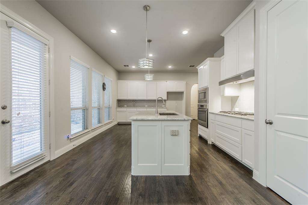 7409 Collin McKinney Parkway, McKinney, Texas 75070 - acquisto real estate best highland park realtor amy gasperini fast real estate service