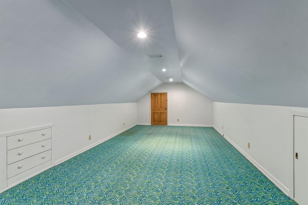 2428 Oakridge Street, Denton, Texas 76209 - acquisto real estate best new home sales realtor linda miller executor real estate