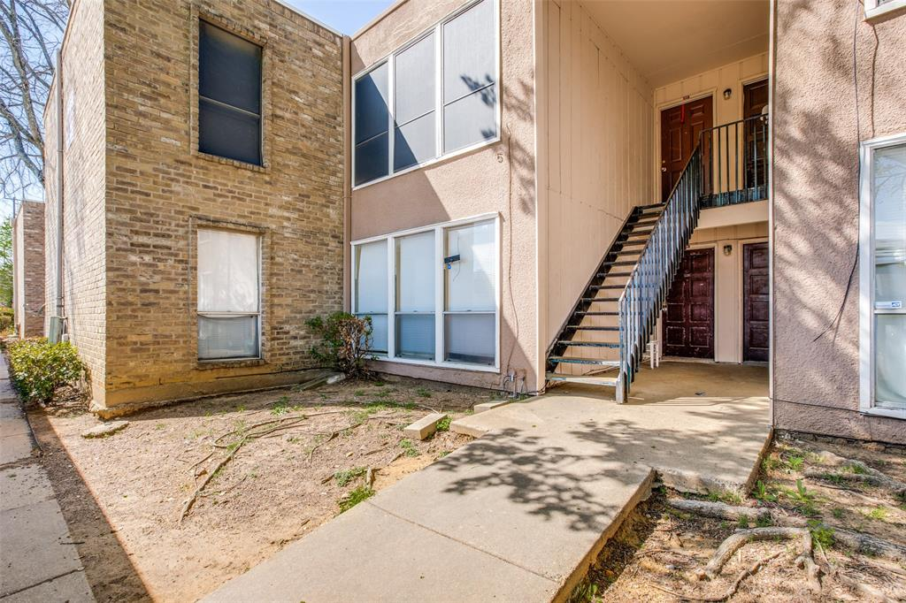 5606 Boca Raton  Boulevard, Fort Worth, Texas 76112 - acquisto real estate best realtor dallas texas linda miller agent for cultural buyers