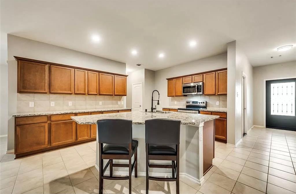 2303 Pontotoc  Drive, Forney, Texas 75126 - acquisto real estate best allen realtor kim miller hunters creek expert