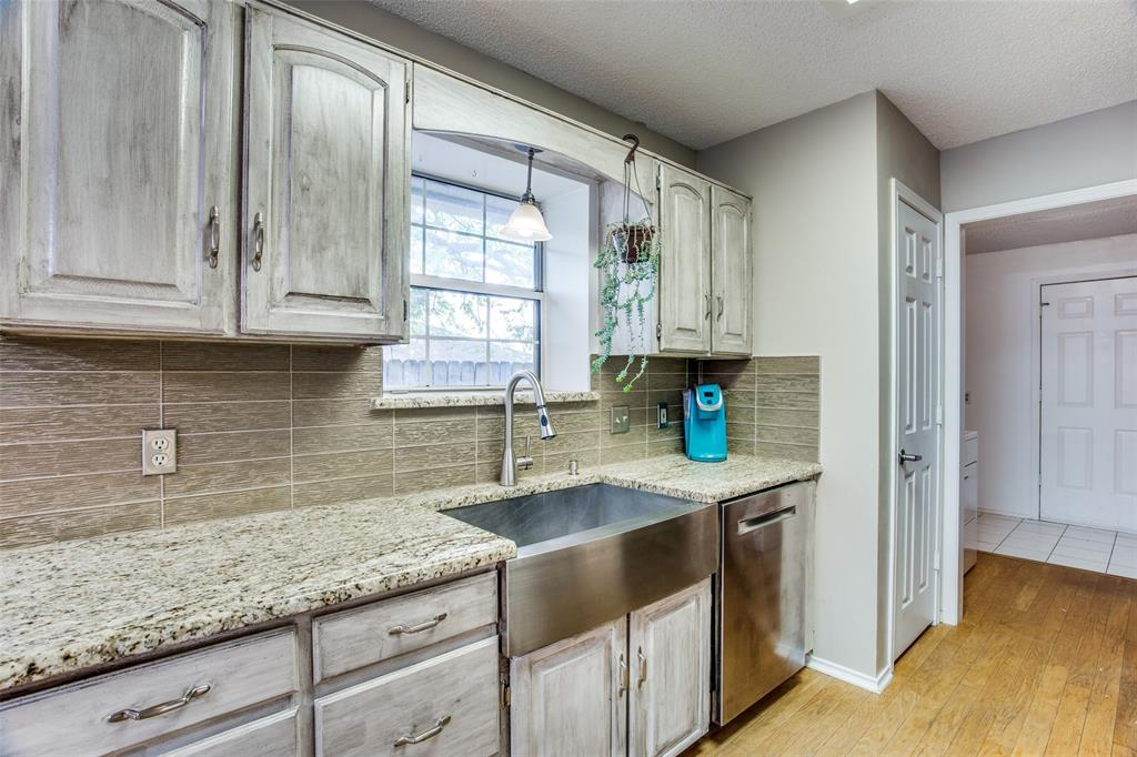 1305 Belvon Place, Cleburne, Texas 76033 - acquisto real estate best listing agent in the nation shana acquisto estate realtor