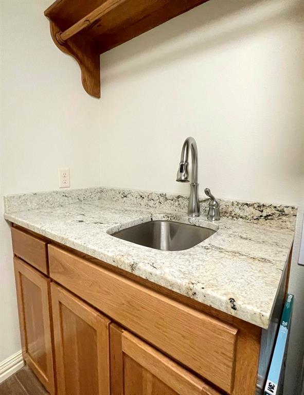 857 Great Waters Drive, Abilene, Texas 79602 - acquisto real estate best negotiating realtor linda miller declutter realtor