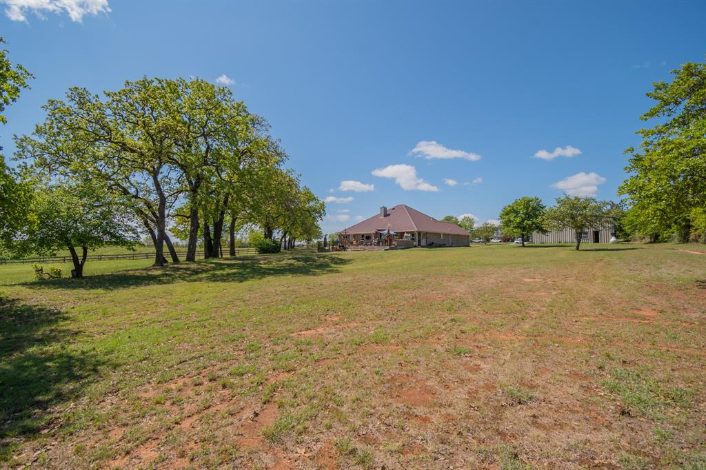 108 Shoreline  Circle, Weatherford, Texas 76088 - acquisto real estate best real estate company in frisco texas real estate showings