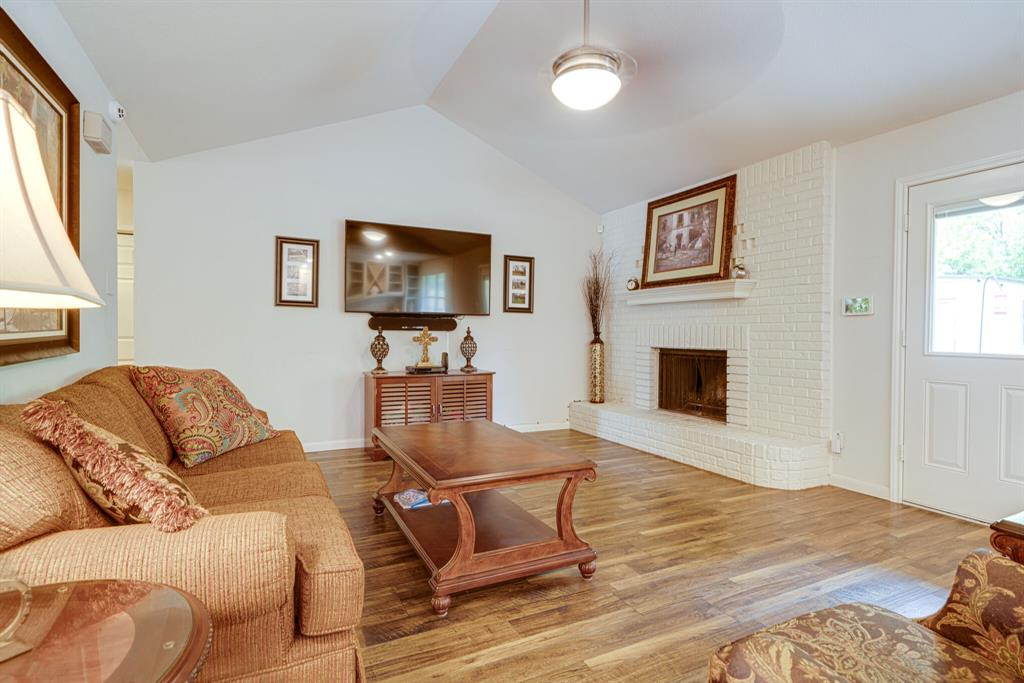 7800 Pebblebrook  Drive, Watauga, Texas 76148 - acquisto real estate best celina realtor logan lawrence best dressed realtor