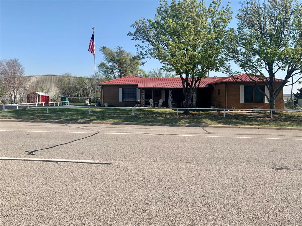 1231 Highway 82  Nocona, Texas 76255 - Acquisto Real Estate best plano realtor mike Shepherd home owners association expert