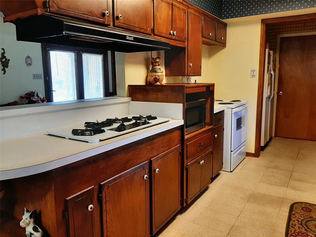 1717 Greendale  Drive, Dallas, Texas 75217 - acquisto real estate best highland park realtor amy gasperini fast real estate service