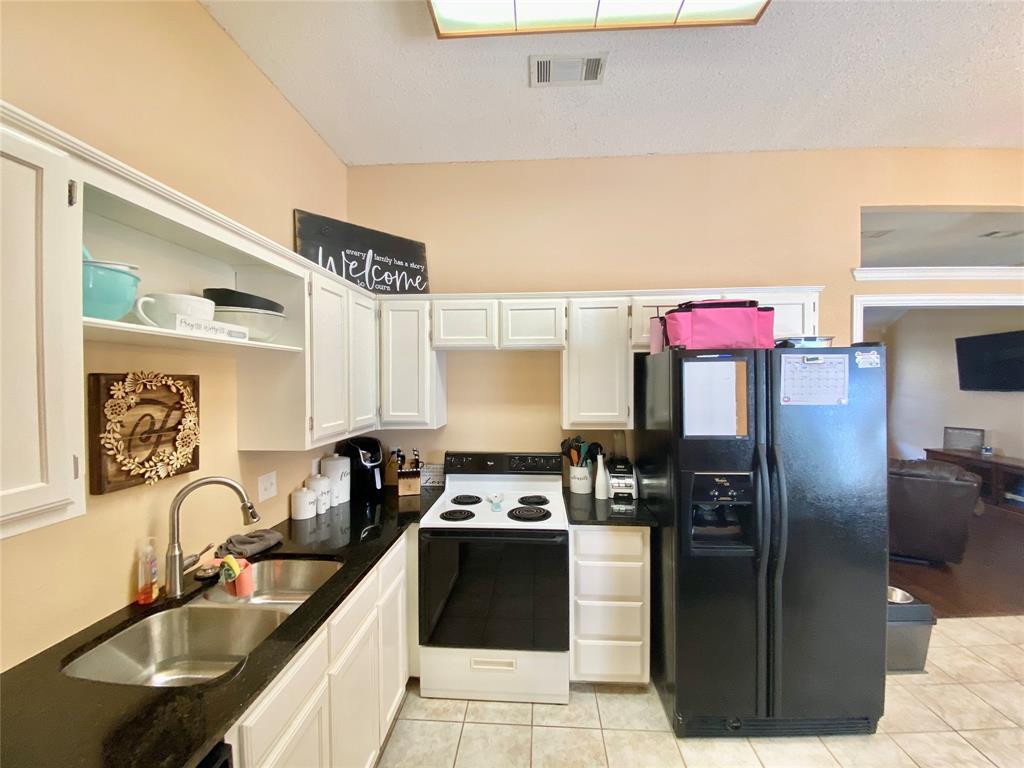 3351 Ashley Circle, Denton, Texas 76207 - acquisto real estate best prosper realtor susan cancemi windfarms realtor