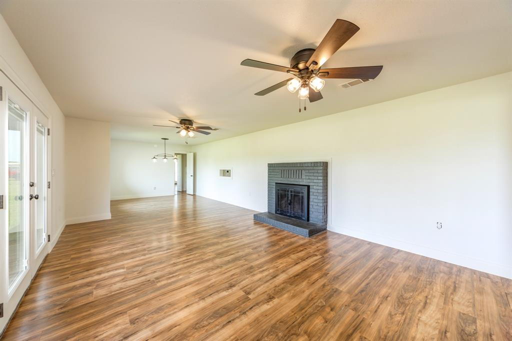138 Silver  Street, Bowie, Texas 76230 - acquisto real estate best realtor dallas texas linda miller agent for cultural buyers