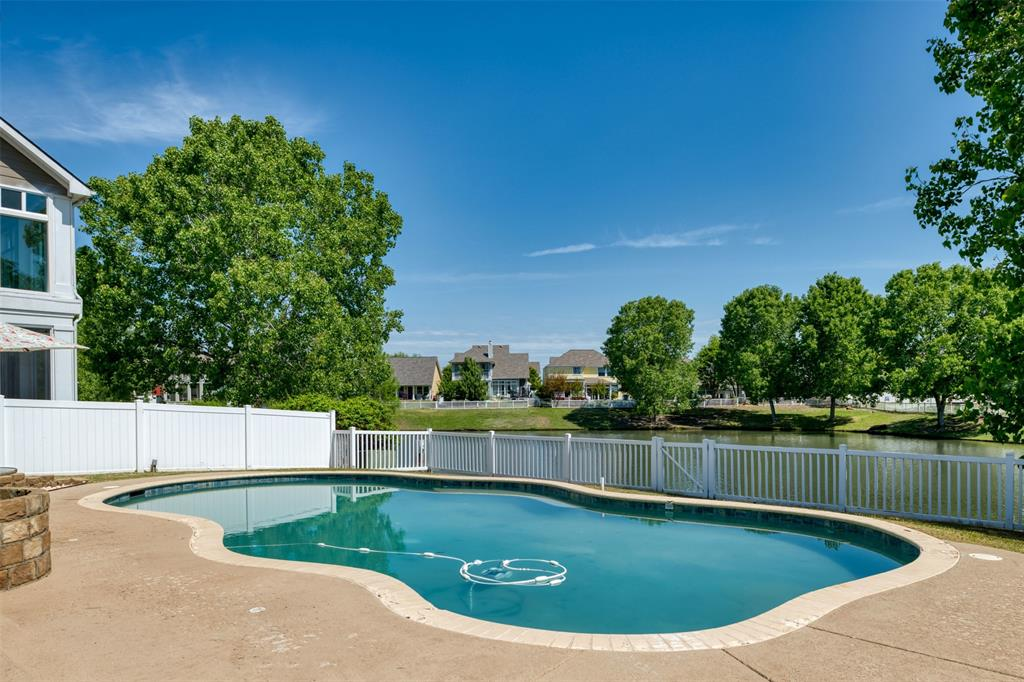 10237 Lakeview  Drive, Providence Village, Texas 76227 - acquisto real estate nicest realtor in america shana acquisto