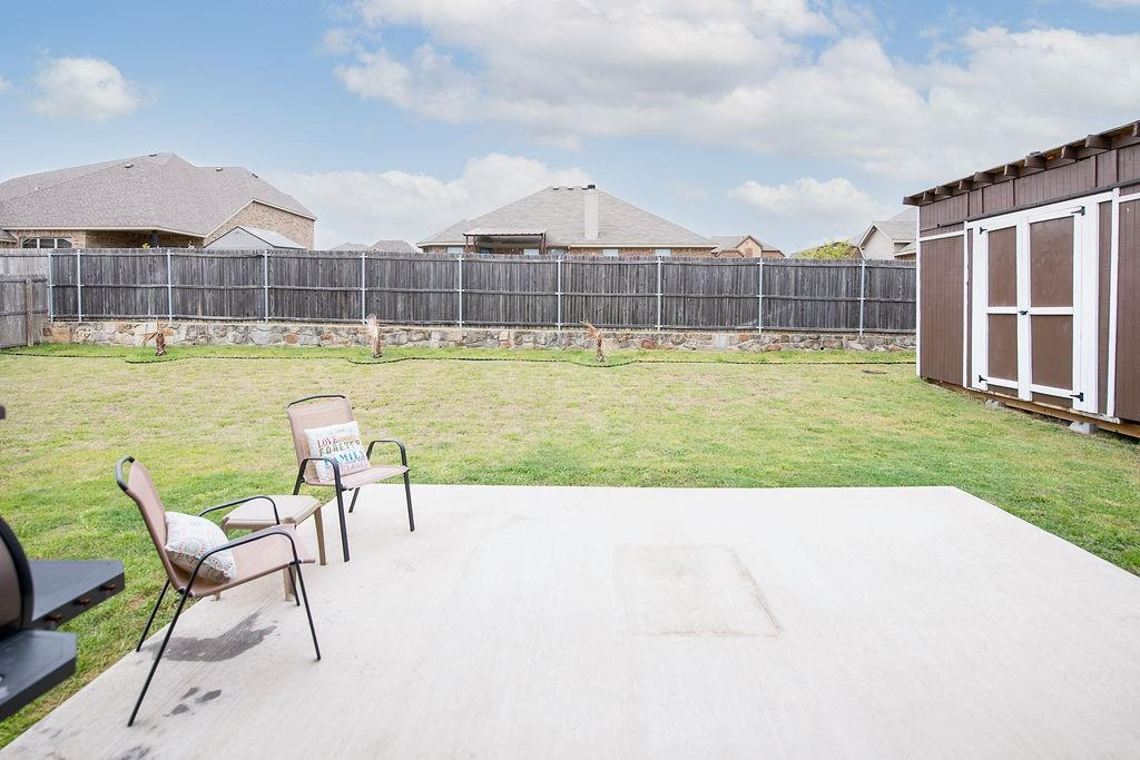 124 Haymeadow  Drive, Crandall, Texas 75114 - acquisto real estate best real estate follow up system katy mcgillen