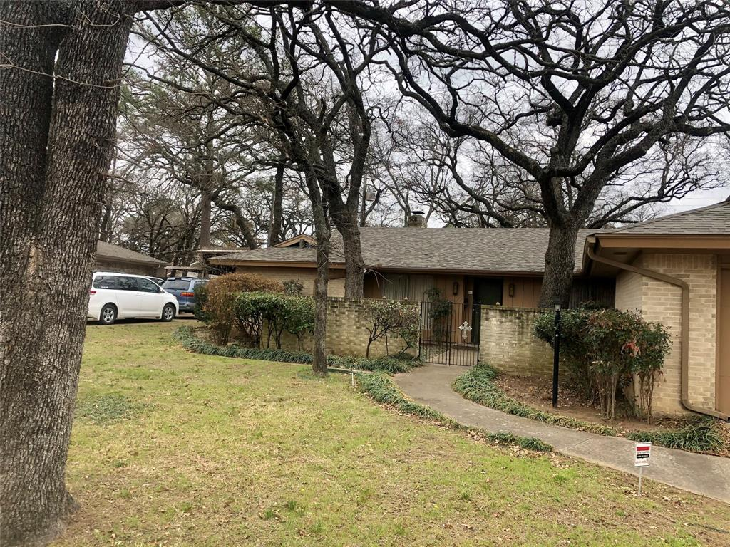 6704 Gary Lane, Fort Worth, Texas 76112 - Acquisto Real Estate best plano realtor mike Shepherd home owners association expert