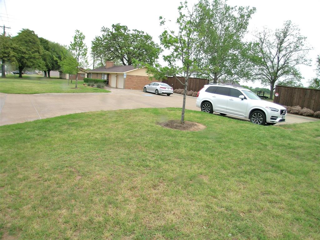 1617 Shady Grove  Road, Grand Prairie, Texas 75050 - acquisto real estate best the colony realtor linda miller the bridges real estate