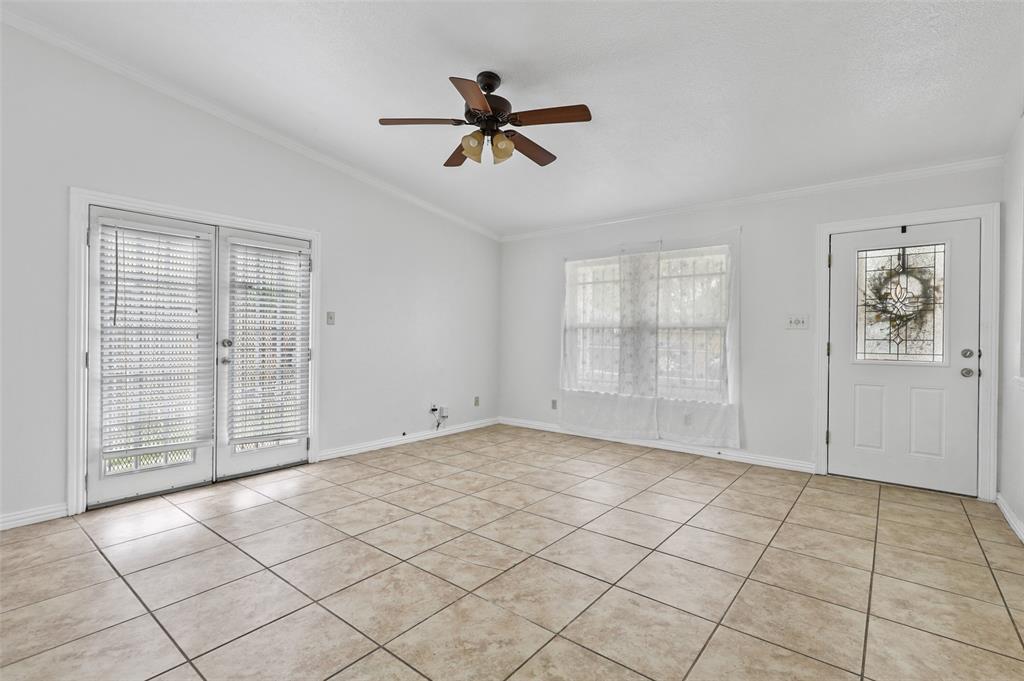 9420 Kerrville  Street, Dallas, Texas 75227 - acquisto real estate best celina realtor logan lawrence best dressed realtor