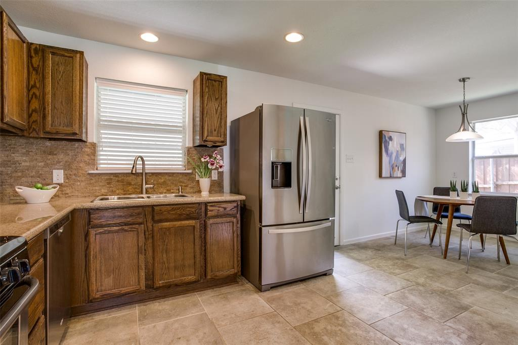 11619 Colmar Street, Dallas, Texas 75218 - acquisto real estate best style realtor kim miller best real estate reviews dfw