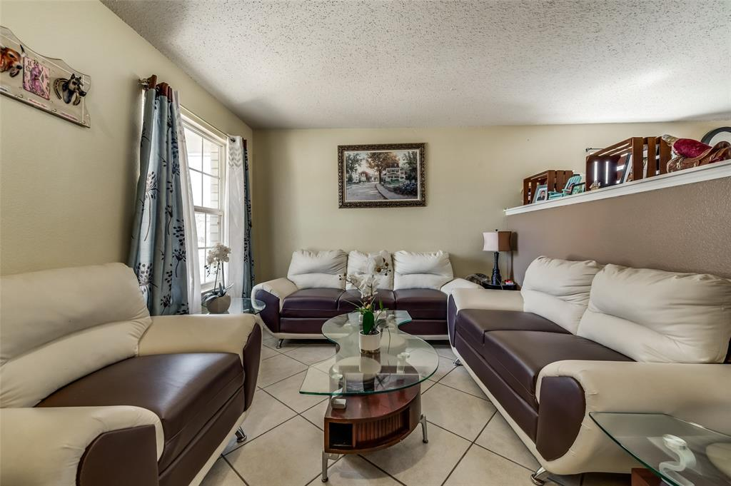 3509 Pampas Creek  Drive, Dallas, Texas 75227 - acquisto real estate best prosper realtor susan cancemi windfarms realtor