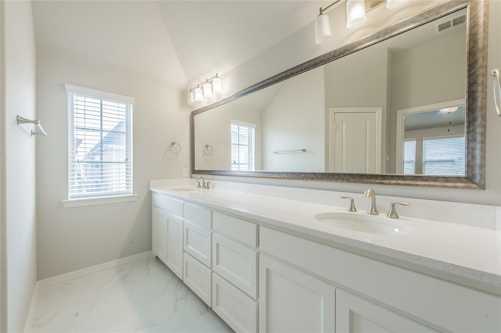 7409 Collin McKinney Parkway, McKinney, Texas 75070 - acquisto real estate best realtor westlake susan cancemi kind realtor of the year