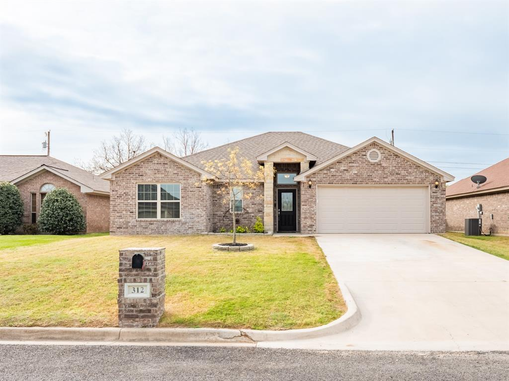 312 Midnight Shadow Stephenville, Texas 76401 - Acquisto Real Estate best plano realtor mike Shepherd home owners association expert